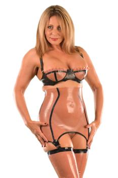 Kent-Mistress-Carly1