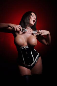Kent-Mistress-Carly3