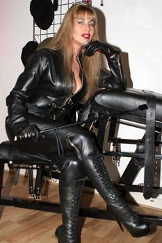 mistress Sensual femdom