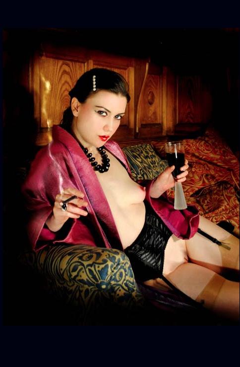London-Mistress-Miss-Myers