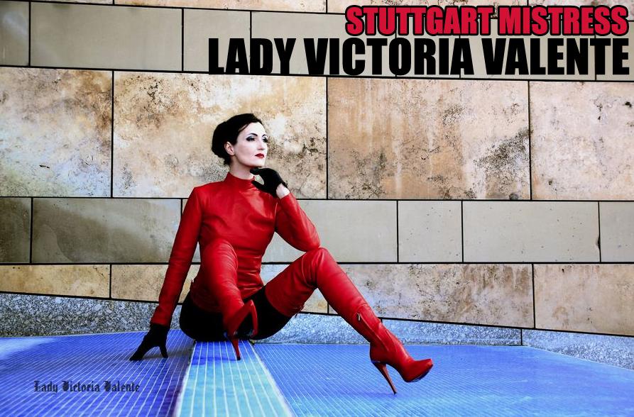 Lady victoria valente